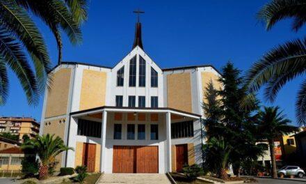 Le Cresime nella Parrocchia Maria Ss. Madre della Chiesa