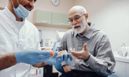 La terza età e l'odontoiatria: problemi e soluzioni