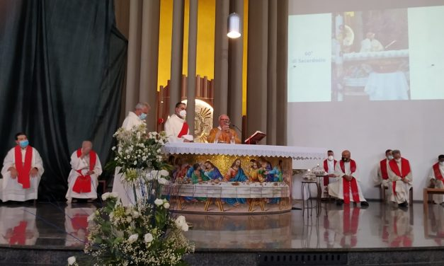 Don Basilio Marchei festeggia i 60 anni di sacerdozio