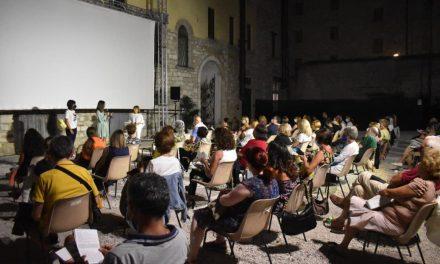 """""""Sotto Le Torri"""" tra cinema e cultura. L'intervista a Donatella Ferretti"""